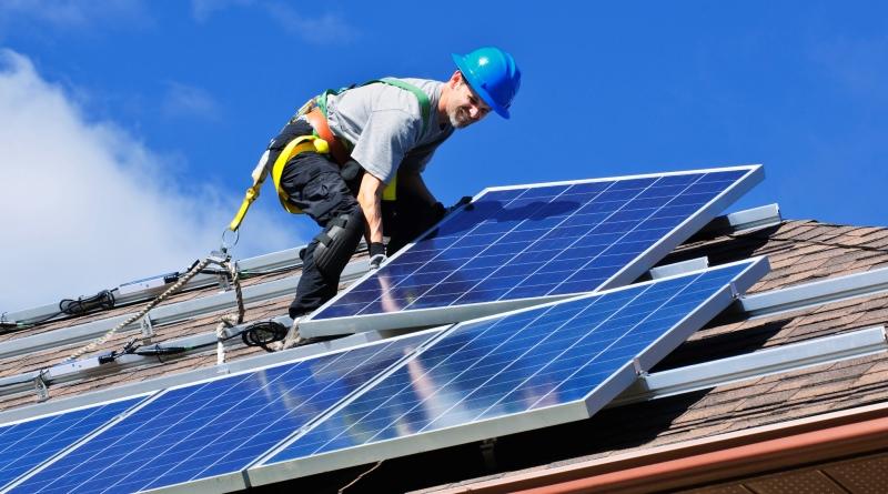 mercado-energia-solar-crescimento-recorde-estados-unidos-800